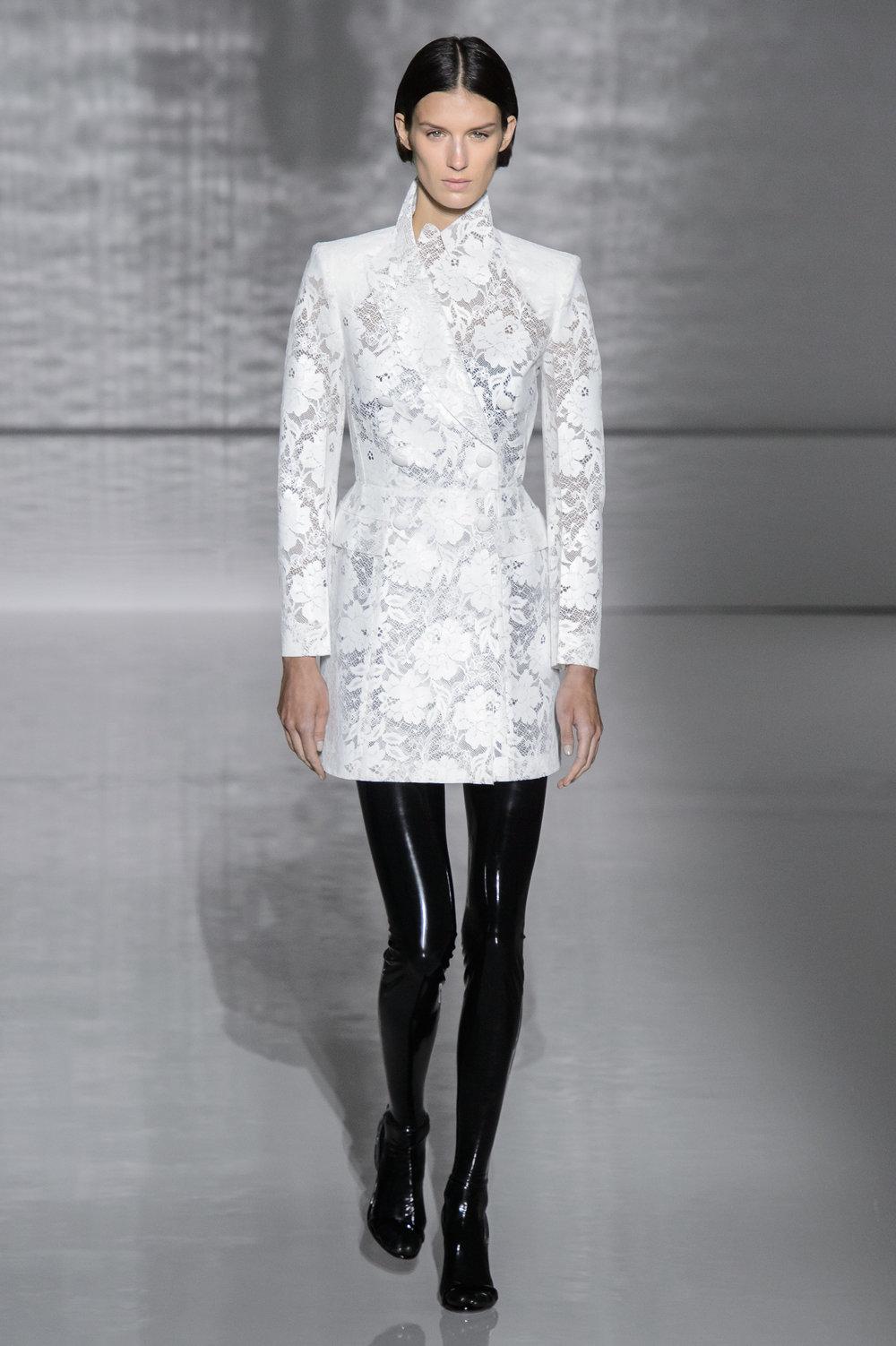 Givenchy HC RS19 0054.jpg