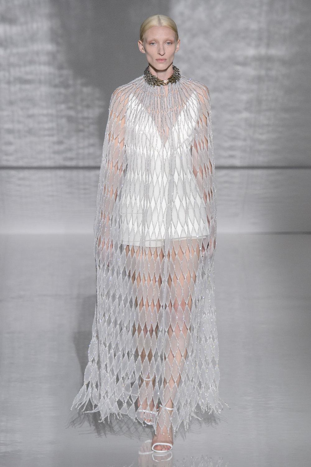 Givenchy HC RS19 0499.jpg