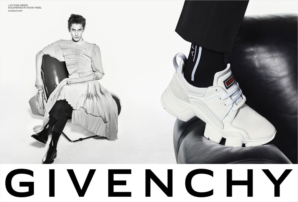 givenchy_spring_2019_campaign3.jpg