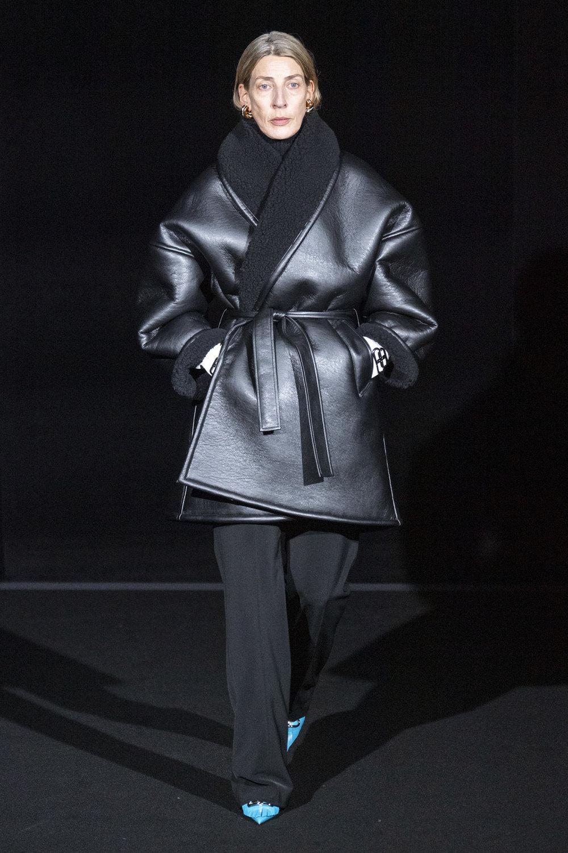 Balenciaga RF19 5471.jpg
