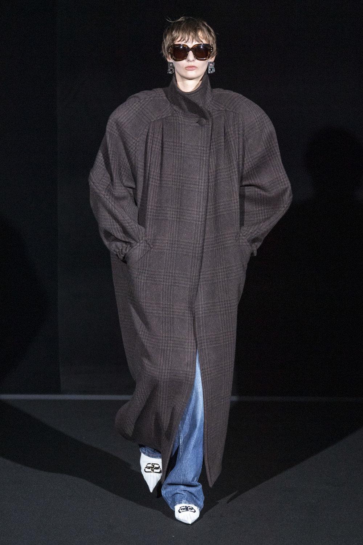 Balenciaga RF19 5743.jpg