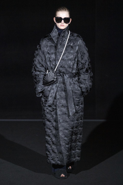 Balenciaga RF19 5974.jpg