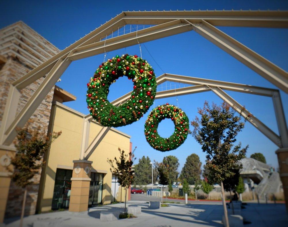 Petaluma Wreaths.jpg