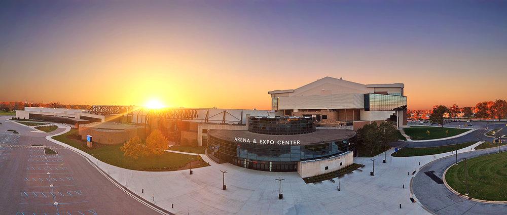 2017 War Memorial Coliseum 2 cleanup.jpg