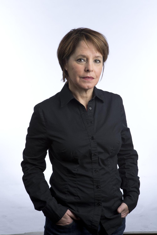 """Michèle Ouimet    Michèle Ouimet a été 29 ans journaliste à La Presse, média pour lequel elle a notamment couvert l'Algérie, le Rwanda, l'Iran, l'Afghanistan, le Pakistan, Haïti, le Japon pendant le tsunami, l'Égypte pendant la révolution, la guerre en Syrie. Elle a remporté le Prix de la chronique au Concours canadien de journalisme et partage avec Agnès Gruda le Prix international pour leur reportage sur les salafistes. Elle a publié deux romans chez Boréal, La Promesse (2014) et L'Heure mauve (2017).                       Normal    0                false    false    false       FR-CA    JA    X-NONE                                                                                                                                                                                                                                                                                                                                                                                                                                                                                                                        /* Style Definitions */  table.MsoNormalTable {mso-style-name:""""Table Normal""""; mso-tstyle-rowband-size:0; mso-tstyle-colband-size:0; mso-style-noshow:yes; mso-style-priority:99; mso-style-parent:""""""""; mso-padding-alt:0cm 5.4pt 0cm 5.4pt; mso-para-margin-top:0cm; mso-para-margin-right:0cm; mso-para-margin-bottom:8.0pt; mso-para-margin-left:0cm; line-height:107%; mso-pagination:widow-orphan; font-size:11.0pt; font-family:""""Calibri"""",""""sans-serif""""; mso-ascii-font-family:Calibri; mso-ascii-theme-font:minor-latin; mso-hansi-font-family:Calibri; mso-hansi-theme-font:minor-latin; mso-bidi-font-family:""""Times New Roman""""; mso-bidi-theme-font:minor-bidi; mso-ansi-language:FR-CA; mso-fareast-language:EN-US;}"""