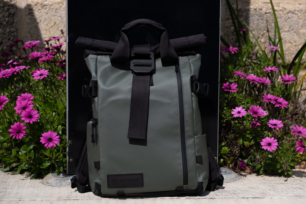This is in Wasatch Green. Other options are the Agean Blue or just plain Black. I like the green. It's very muted and it doesn't scream LOOK AT MY BAG!!!