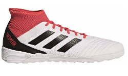 Adidas Predator Tango 18.2.jpg