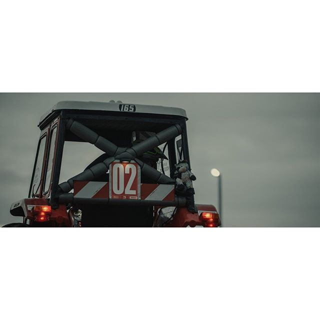 cow on board!  #tractor #race #traktorrennen #reingers_movie #documentary #film #r3d #helium #8k #reddigitalcinema