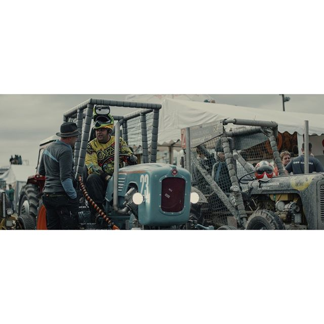Are you nervous?  #tractor #race #traktorrennen #reingers_movie #documentary #film #r3d #helium #8k #reddigitalcinema