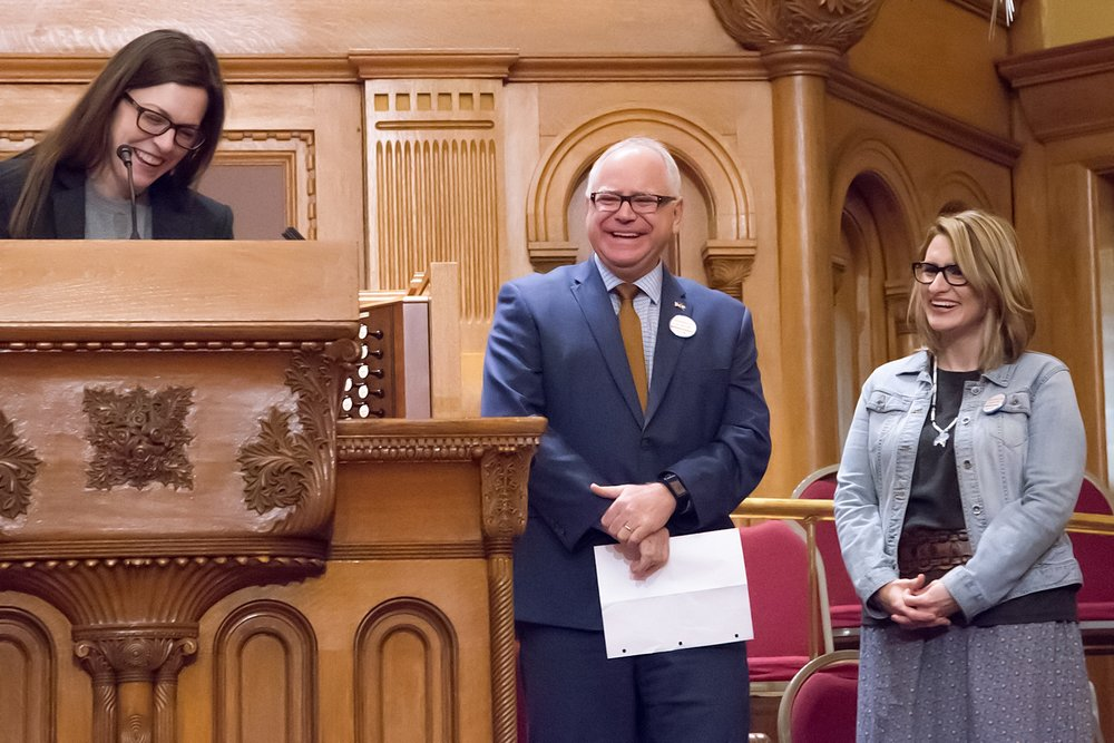 Senta Leff, of Minnesota Coalition for the Homeless, introduces Governor Tim Walz and Lieutenant Governor Peggy Flanagan.