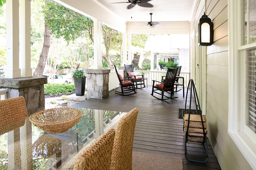 exterior_front_porch_wide_1500.jpg