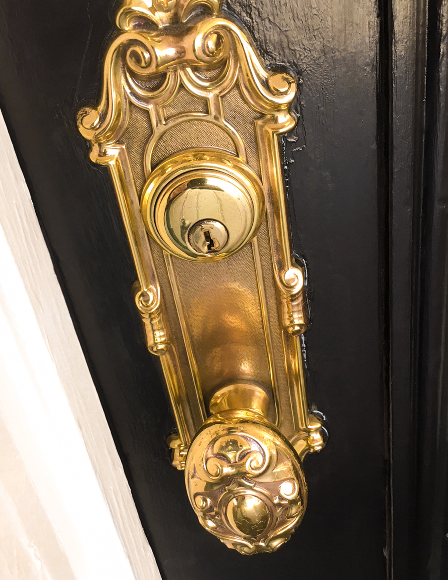 door_brass_hardware.jpg