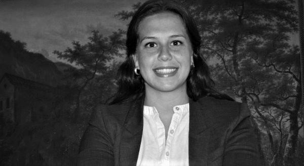 Margarita Chiclana   Experte en art  Diplômée en histoire de l'art de la Goldsmiths University of London, Margarita a une solide expérience en art contemporain (Ivorypress), en art contemporain latino-américain (FLORA ars+natura) et en «vieux maîtres» (Sotheby´s). Passionnée par l'art sous toutes ses formes et sur tous les supports, Margarita est fondatrice et directrice de L'ART International, une entreprise visant à promouvoir les arts et artistes locaux. Elle lance de jeunes artistes sur le marché de l'art et s'intéresse à la conservation des bâtiments dans les grandes métropoles.