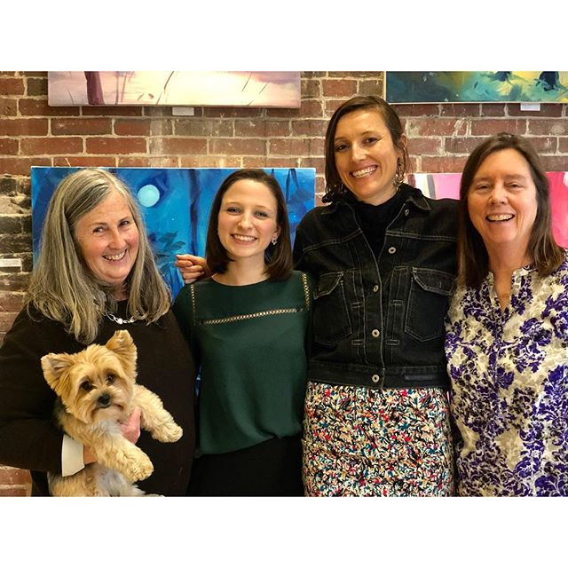 What a wonderful first Pop Up Show at the @artiststudios196main ! Thank you to all our our new visitors and supporters! We had so much fun...we are planning another event this May for Mother's day!  _______________________________ #artiststudios #gloucesterma #artiststudiosat196main #artistcommunity #artistcollective #essexcountycreates #popupshow #artistpopup #create #thingstodoingloucester #fineart #painting #photography #handcraftedjewelry #capeann #northshorema #seekinspirecreate