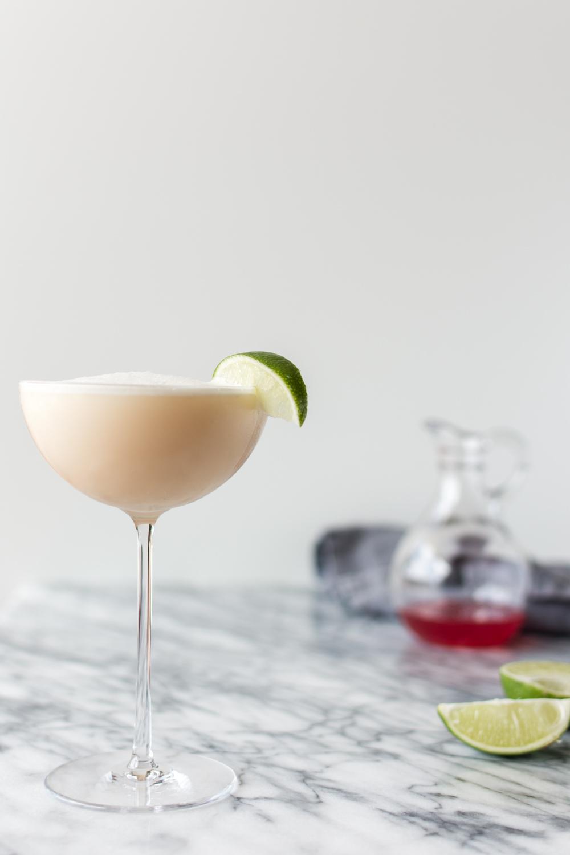 rhubarb gin fizz.jpg