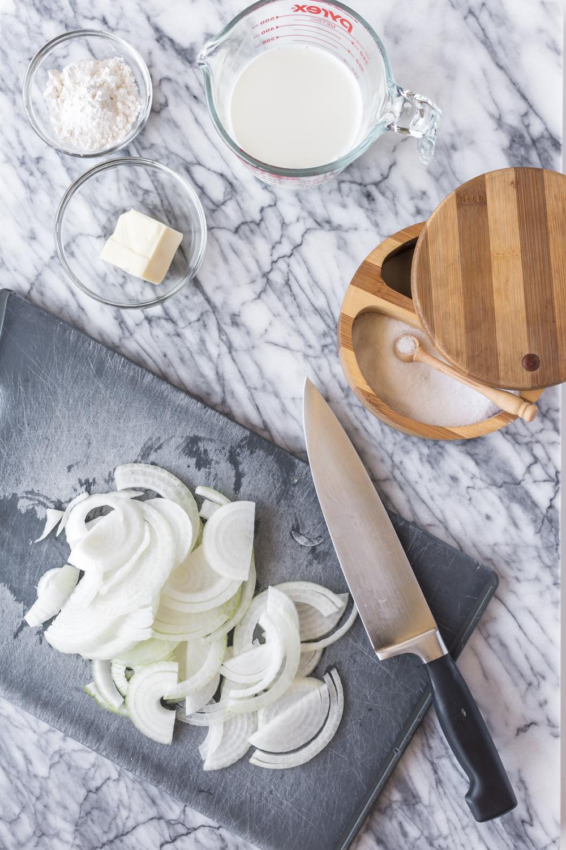 sliced onions.jpg