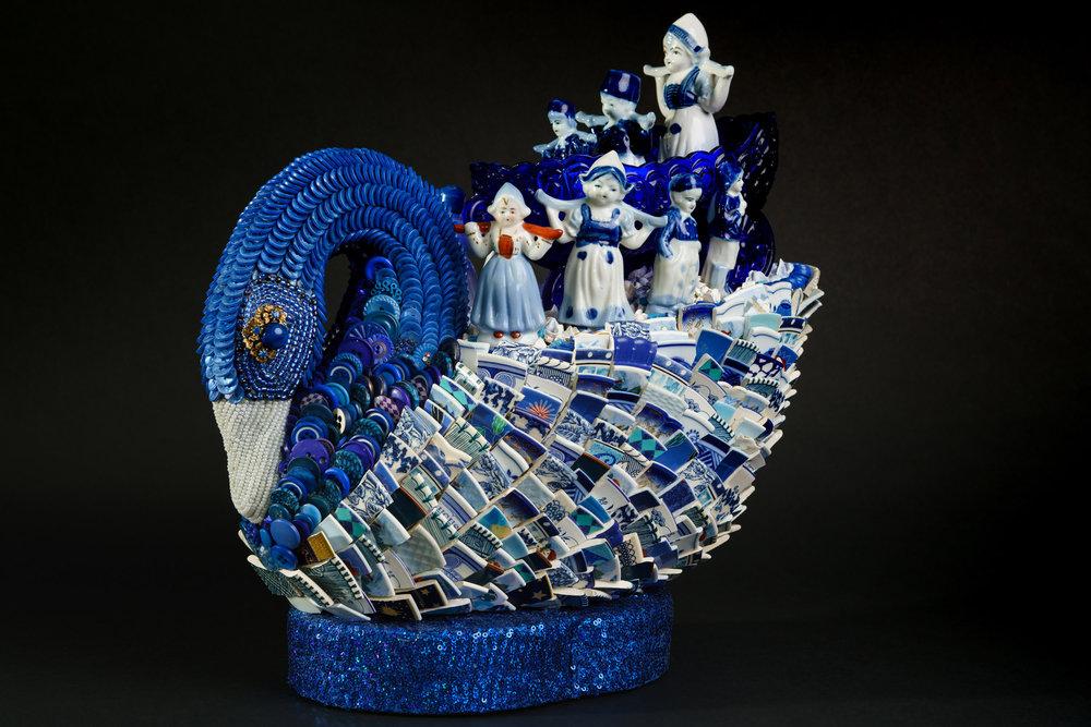 Blue Swan Topiary