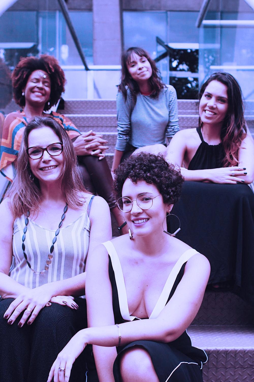 Sheila Makeda da Makeda Cosméticos, Marie Castro, artesã, Nathália Raggi do Elo7, Debora Alves, artesã e Mayara Castro, da WMN. Foto: Renata Monteiro