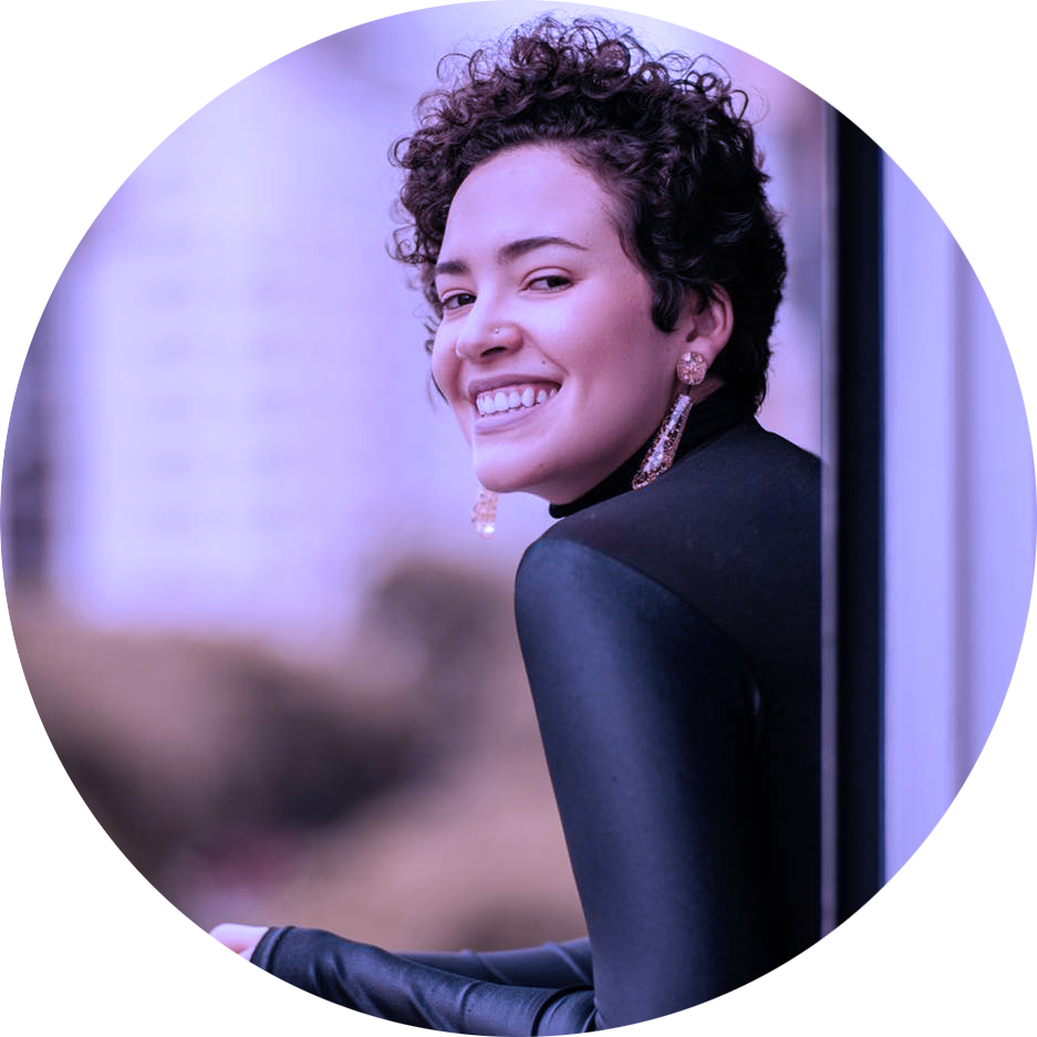 mayara castro - comunicadora e consultora de conteúdo estratégico desde 2014, empreendedora, gestora de comunidade e locutora da wmn. ela pode ser a sua também.