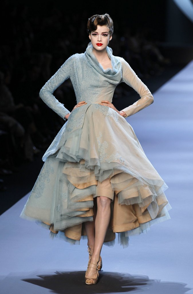 Photos-Christian-Dior-Spring-2011-Haute-Couture