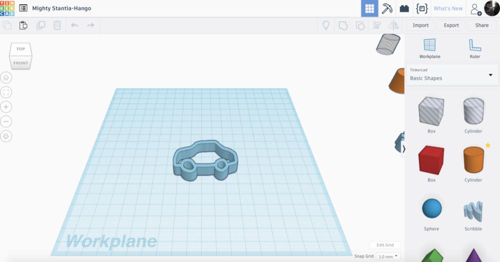 Screenshot iz Tinkercada koji prikazuje 3D model skice automobila