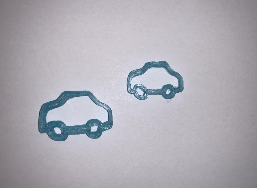 Ovako izgledaju modeli skice automobila u stvarnosti. Neki dijelovi nisu pravilno ispunjeni što bi male nadogradnje Tinkercada trebale riješiti. Ali nije loše!