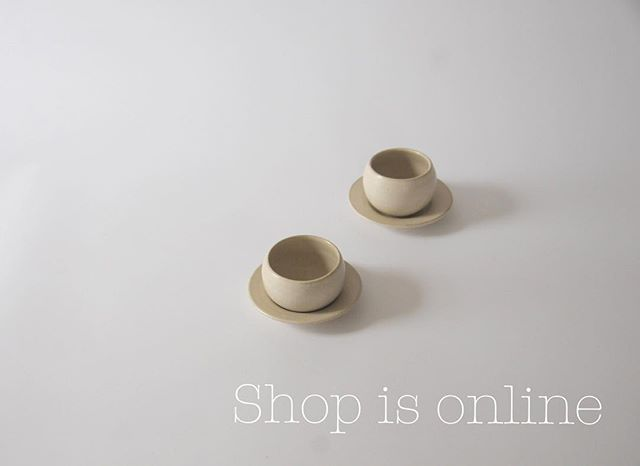 S h o p  N o w . New website and shop are online as of NOW! Go and have a look! . www.atelierabby.com . . . #ceramics #pottery #contemporaryart #contemporarycraft #interiordesign #tableware #tablesetting #tabledecor #interior #cremerging #handmade #craft #craftmanship #craftmenship