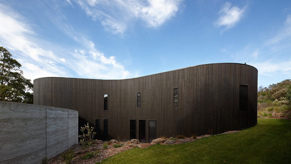 Pictured: Portsea House by Wood Marsh Architecture.