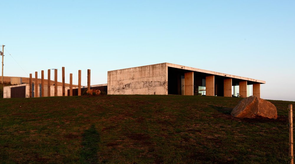 Pictured: Flinders Residence by Workroom.