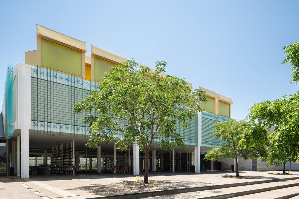 Islamic Centre at Newport by Glenn Murcutt with Elevli Plus Architects.