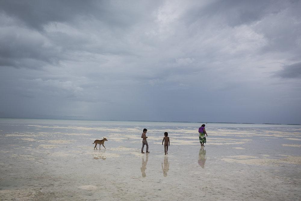 Kiribati end of the line2.JPG