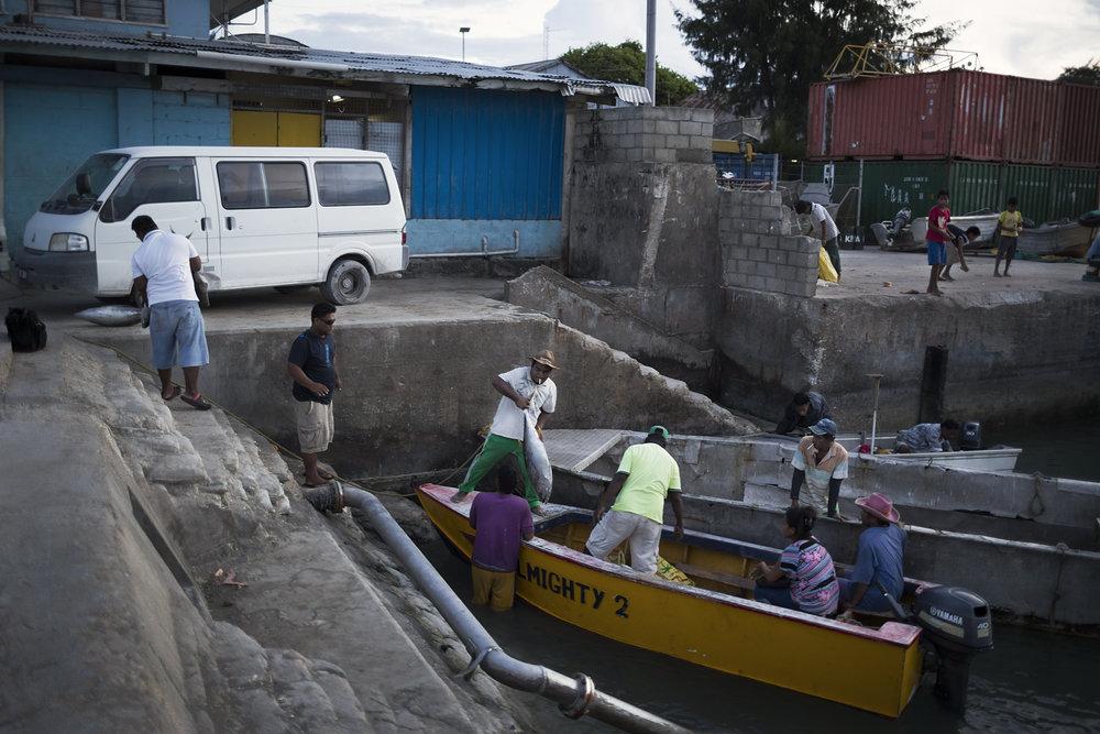 Kiribati end of the line3.JPG