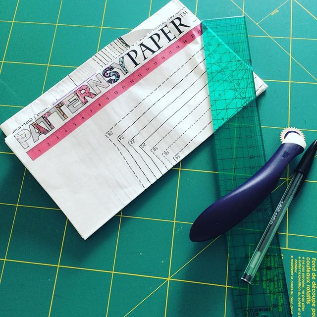 Thanks @patternsy for being a crucial part in getting my sewjo back ✂️ No more a4 pdf pattern assembling for me 🎉 #sewing #grainlinestudio #hadleytop