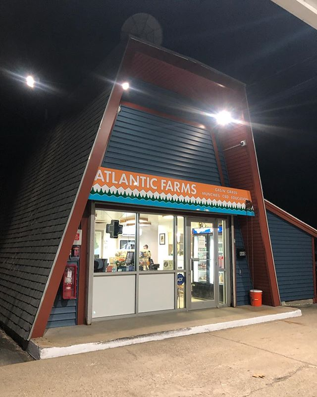 Check out the grand opening of @atlantic_farms Gas'N Grass tomorrow! We are excited to be featured in their offerings. . . . #medicine #Maine #mainecannabis #carts #flower #localbusiness #mainecaregivers #cannabisculture #medicalmarijuana #medicalcannabis #neverstopgrowing #MCE #cuttingedgesolutions #mammothmicrobes #illegallyhealed #420 #medical #THC #sativa #indica #craftbud #boutiqe #buylocal #portlandmaine #flower #leafly #mmj #CBD #mainebringstheheat