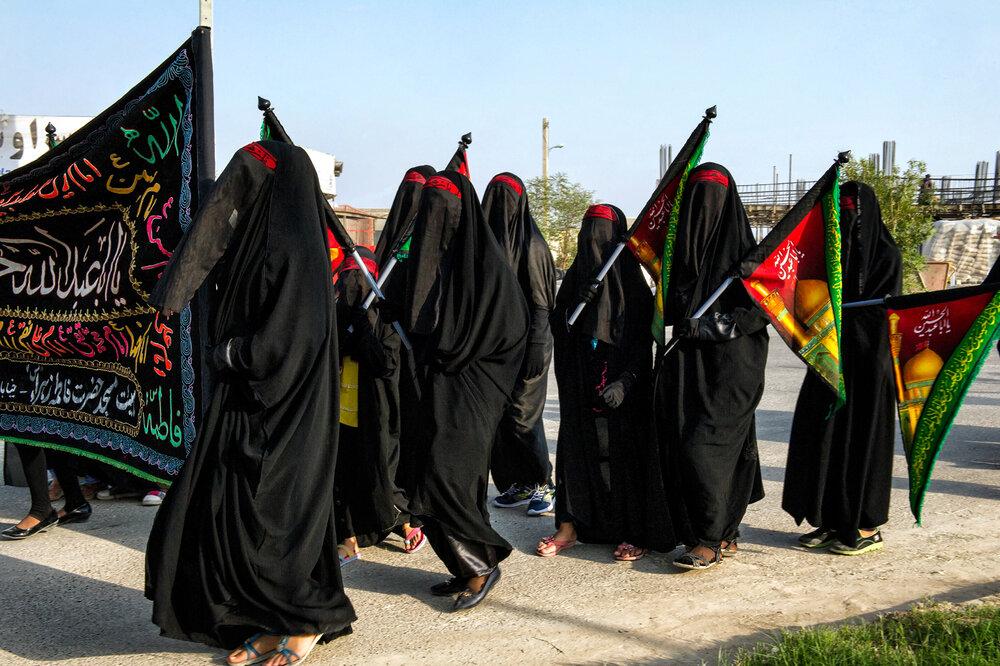 WOMEN'S RELIGIOUS MARCH