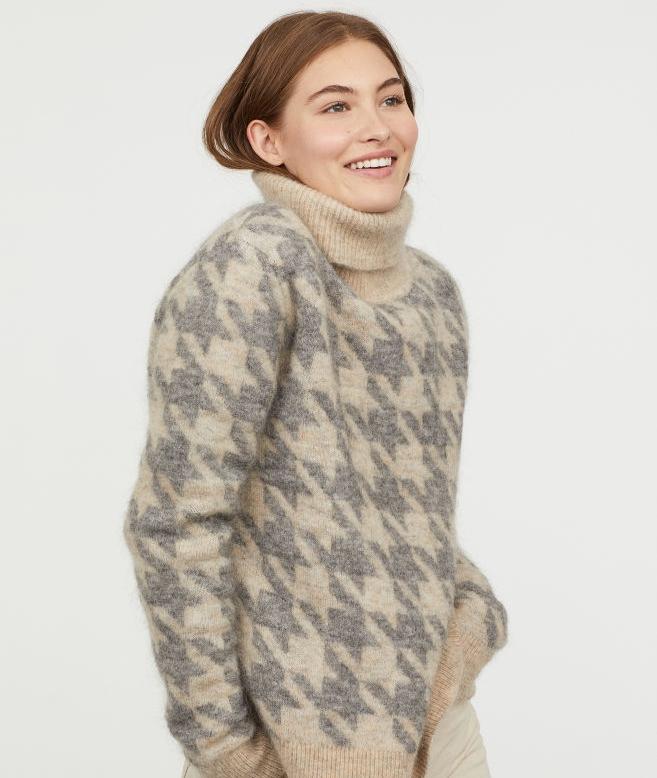 hm sweater 1.jpeg