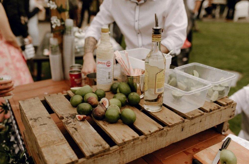 live-cocktails.jpg