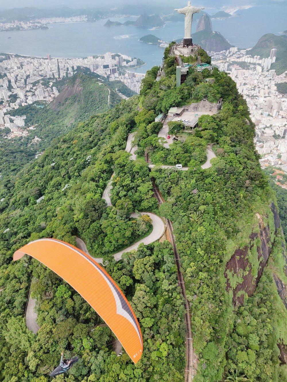 Paragliding in Rio de Janiero