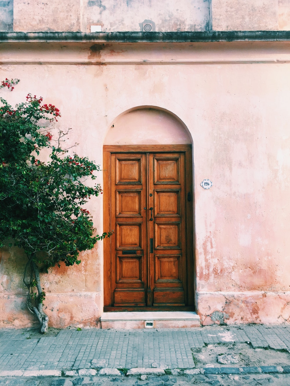 Doors and Keys - - L