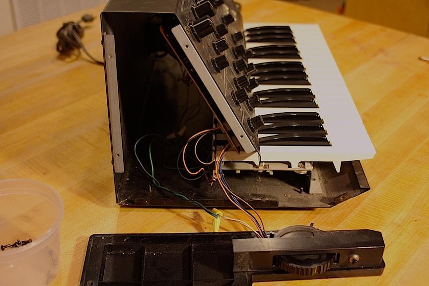 02-korg-panel-1.jpg