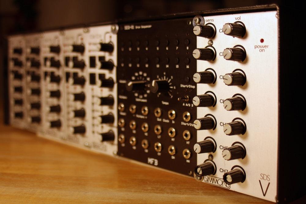 02-sdsv-mfb-01-glam-2.jpg