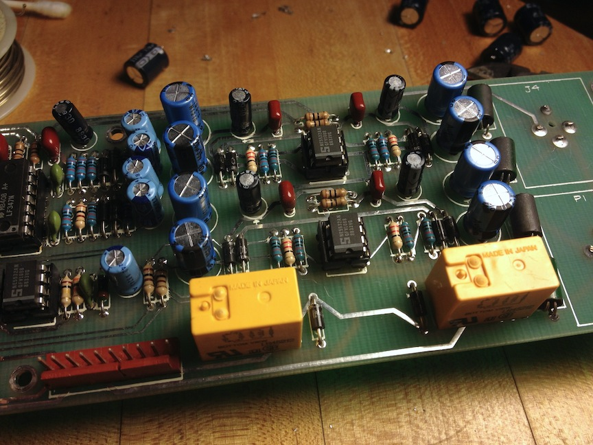 11-tailor-hits-dynamic-eq-io-board-new-caps.jpg