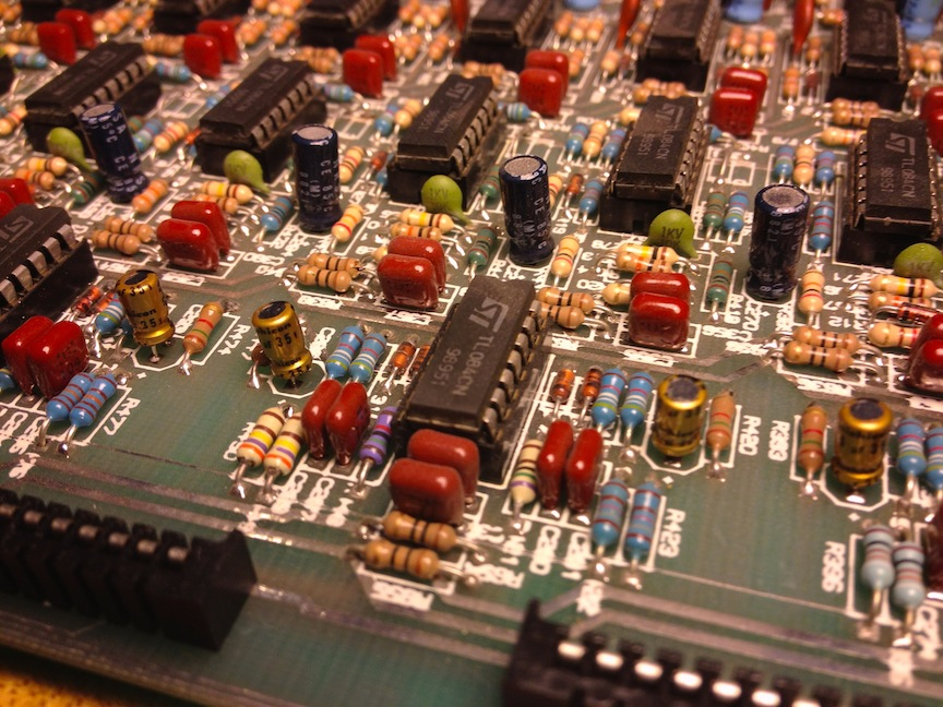 26-tailor-hits-dynamic-eq-processing-board-14-new-caps.jpg