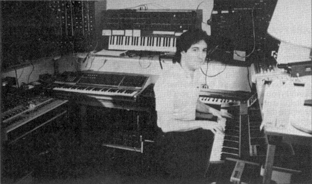 07-larry_fast_synergy_studio_1986_2.jpg