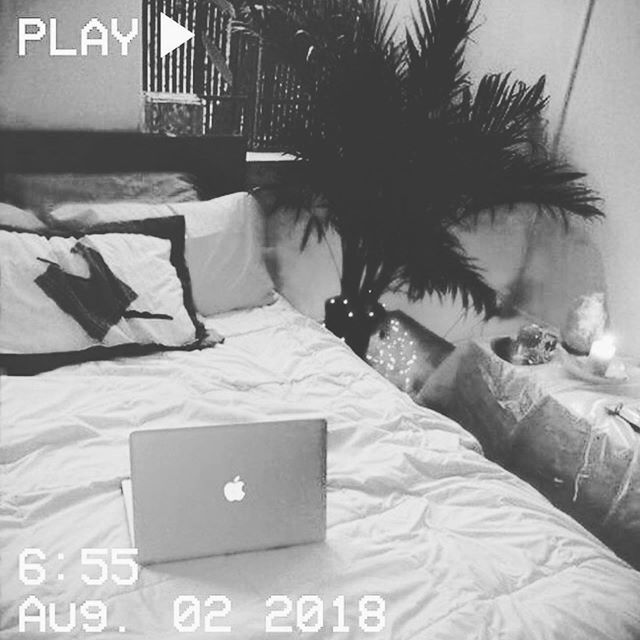 ▪️⚡️▫️ . . ⚡️⚡️ FOLLOW @RAGEONTHETRACK FOR MORE #CONSCIOUS #CONTENT ⚡️⚡️ . . . Repost @foresince ・・・ Chill Credit: MoonVeins101 (Pinterest) . . . . . . #vaporwave #synthwave #vhs #retro #vintage #synthpop #vinyl #80s #90s #apple #bedroom #purple #photooftheday