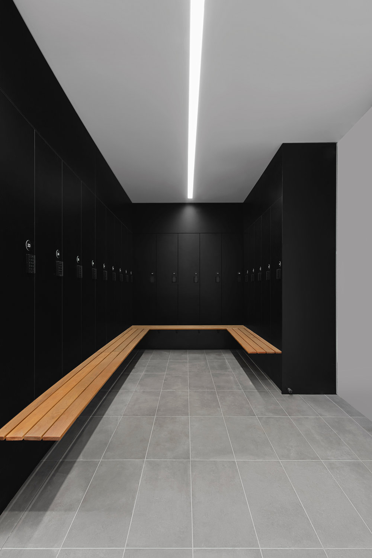 Custom laminate lockers with bulkheads by Lockin Lockers
