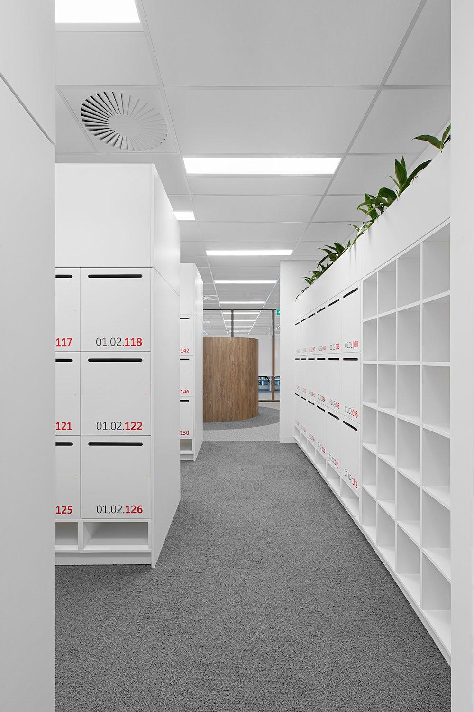Integrated laminate lockers at Toyota Australia