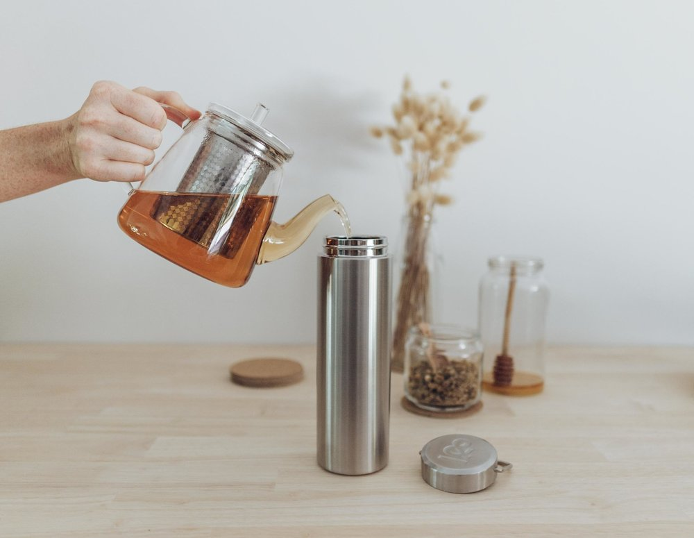Keira-Mason-Seed-and-sprout-pouring-tea-into-thermos.jpg