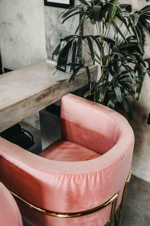 keira-mason-jet-black-ginger-salon-velvet-pink-chairs.jpg