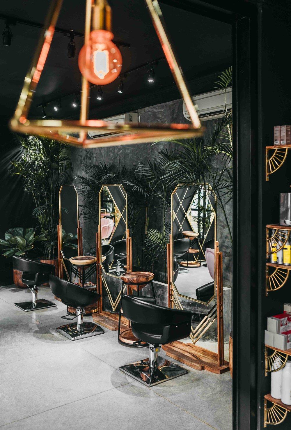 keira-mason-jet-black-ginger-hair-dressing-salon.jpg